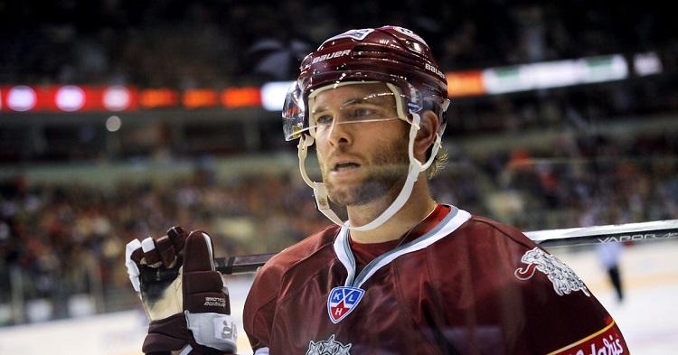 """Roba Šrempa """"online"""" platforma, kas palīdzējusi NHL zvaigznēm"""