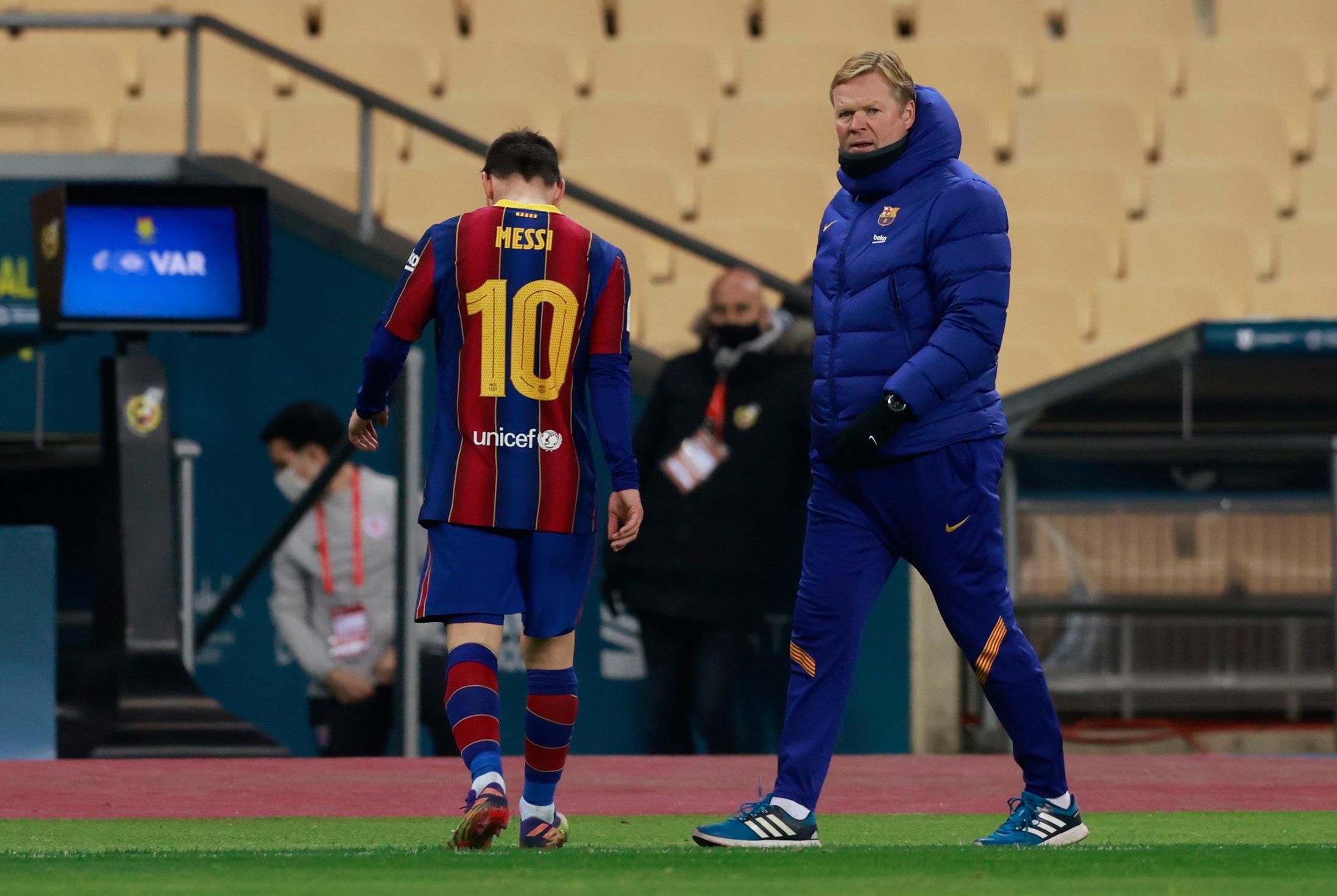 """""""Barcelona"""" krīt no augstumiem – pat Mesi """"izbesījas"""" un dabū pirmo sarkano kartīti"""