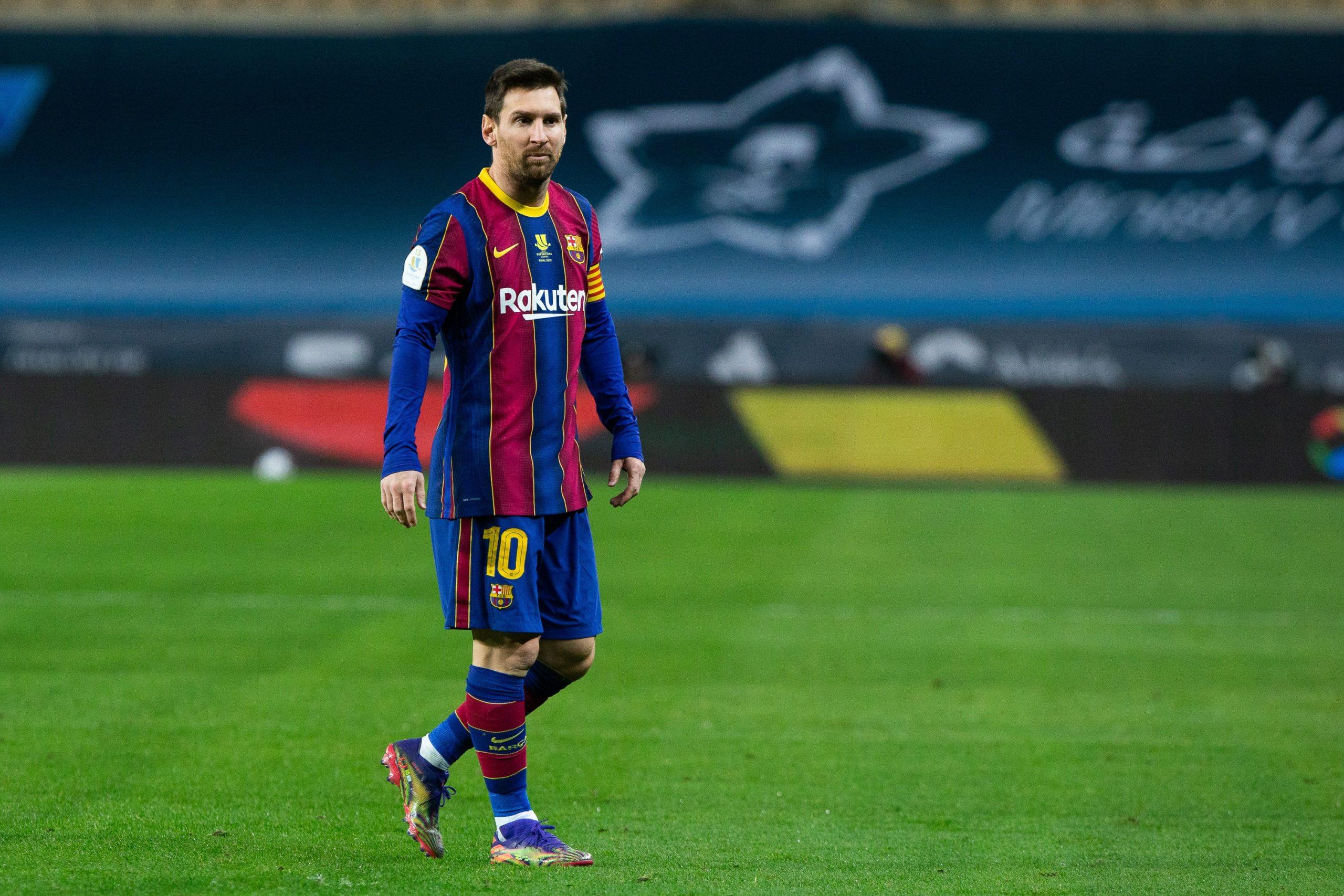 """""""Barcelona"""" lielās finanšu problēmas – komanda parādā vairāk nekā 1 miljardu"""