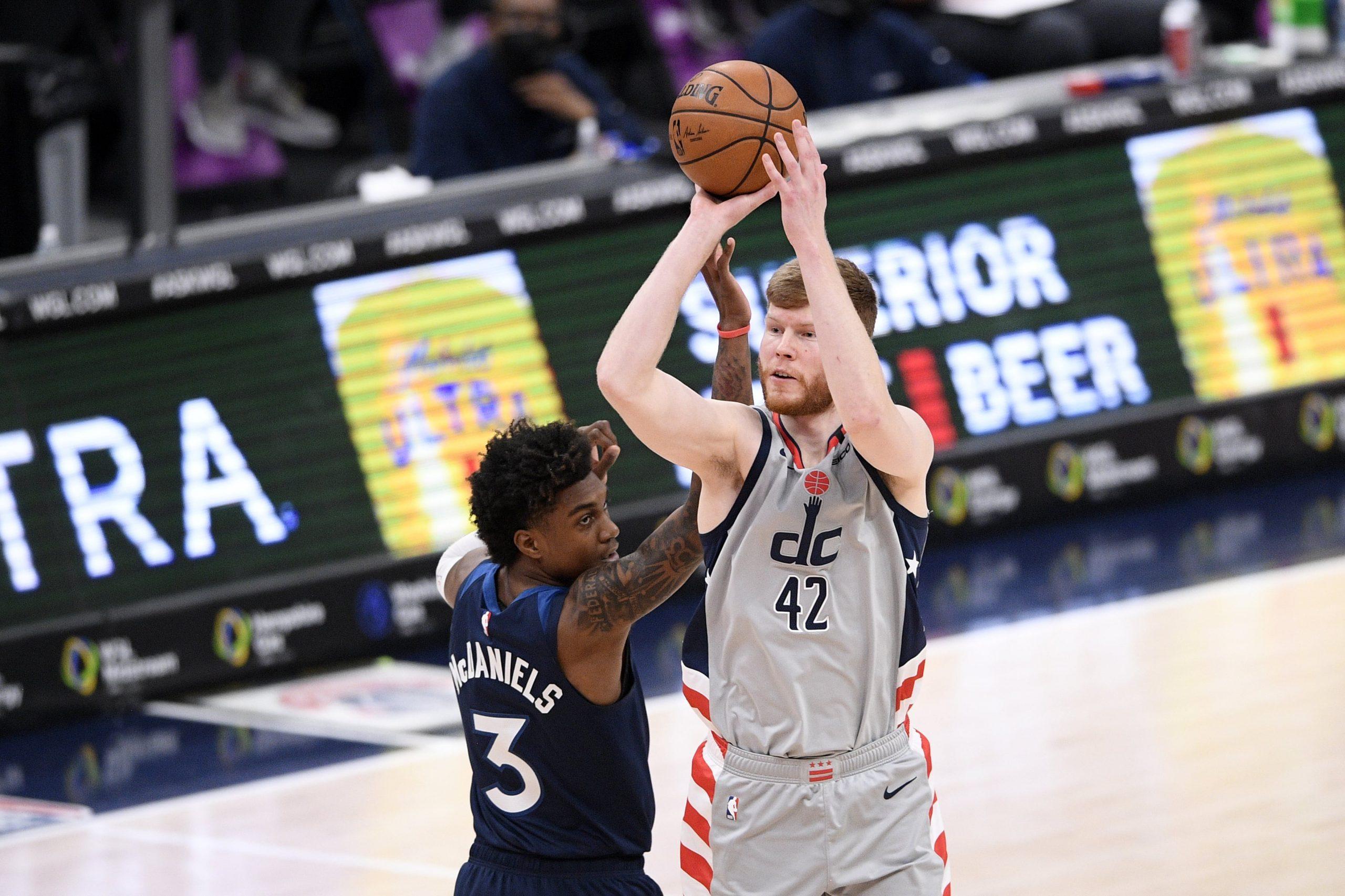 """NBA pussezona aizvadīta – """"Wizards"""" un """"Mavericks"""" sāk krāt uzvaras, """"Nets"""" bruņojas titulam"""