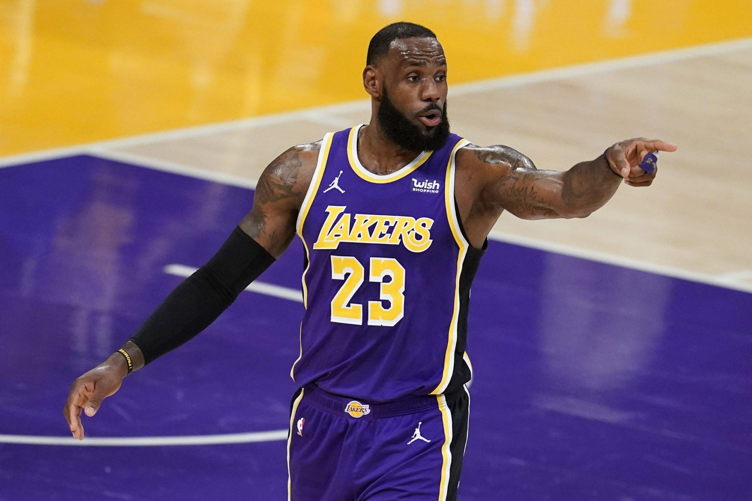 NBA pieaug graujoši rezultāti. Vai regulārā sezona lēnām mirst?