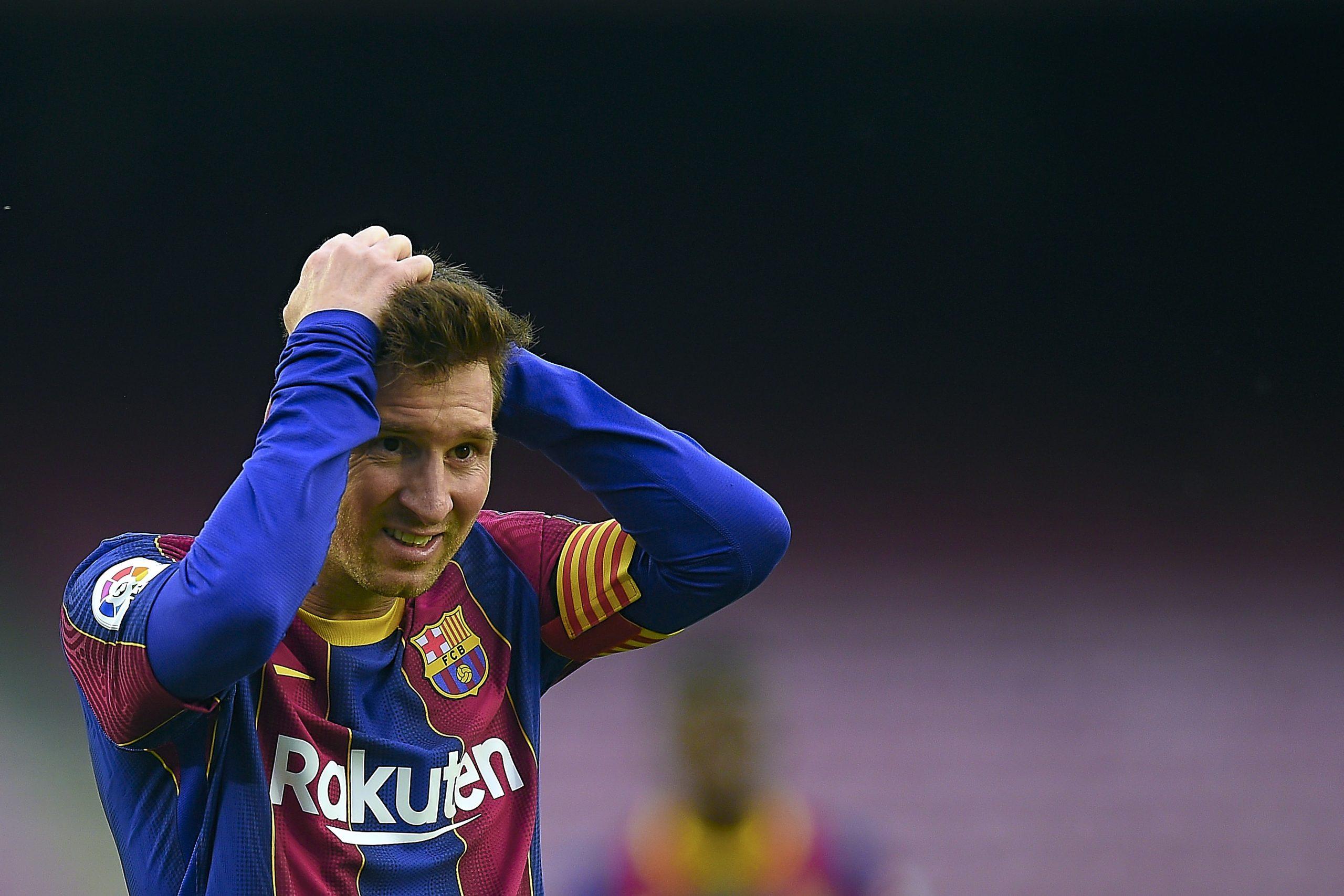 """""""La Liga"""" varētu neļaut """"Barcelona"""" reģistrēt Mesi sastāvā"""