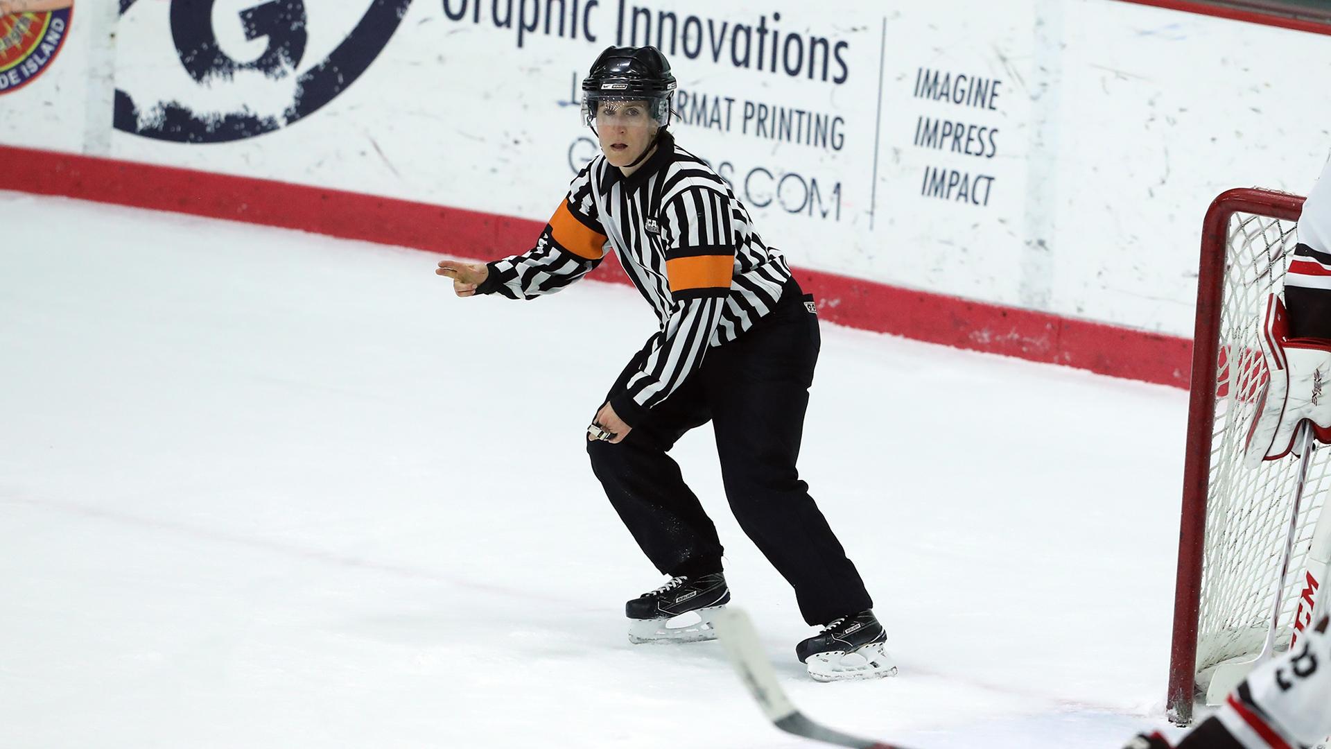 Vēsturiski: par kārtību AHL spēlēs rūpēsies arī 10 tiesneses