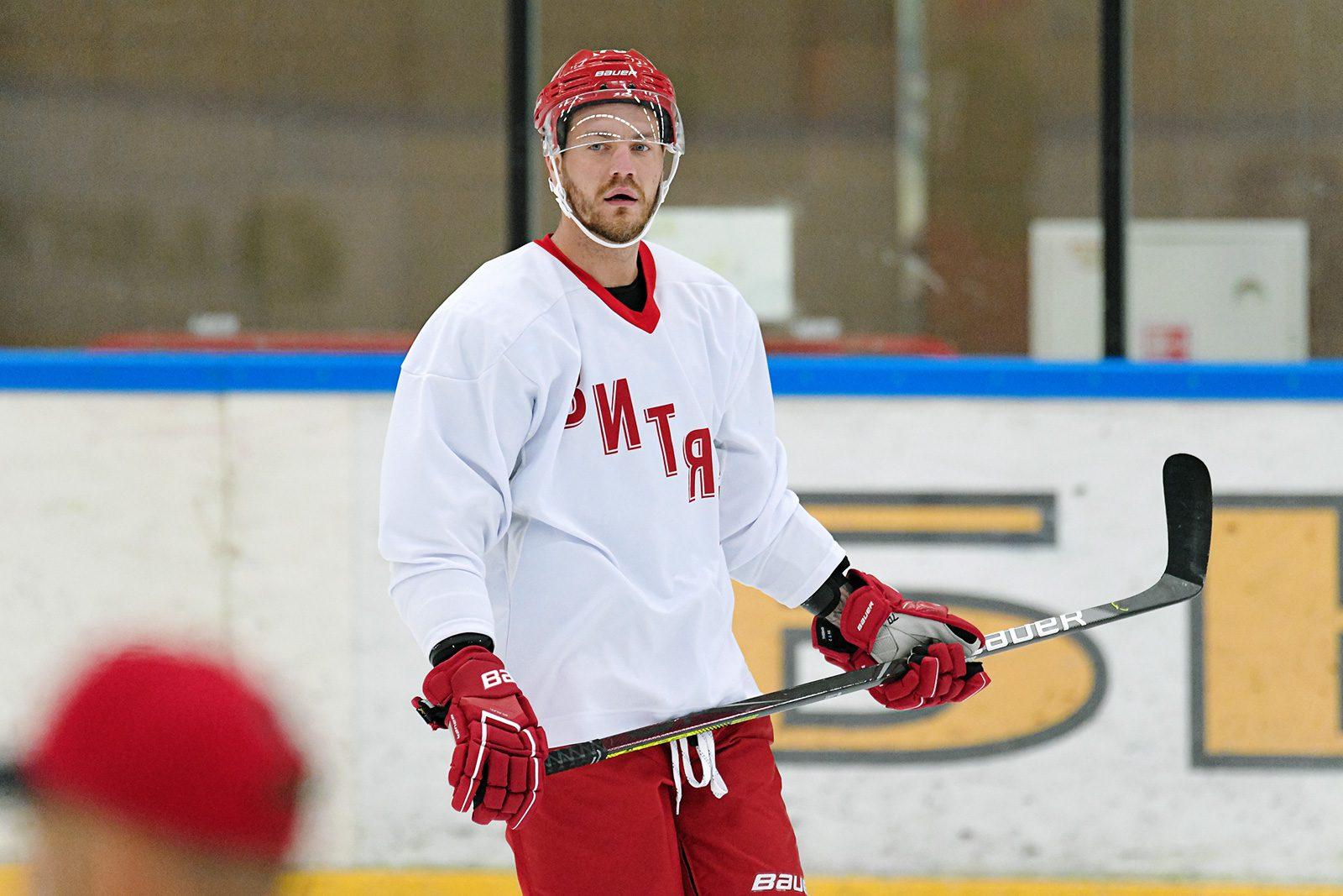 Pirmais mēnesis: kā veicies Latvijas hokeja leģionāriem